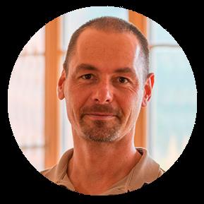 Spirit Yoga Berlin Ausbildung Timo Wahl